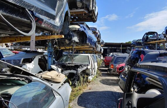 """Miami JunkYards """"Los Rastros,"""" How you can get benefit from car used parts"""